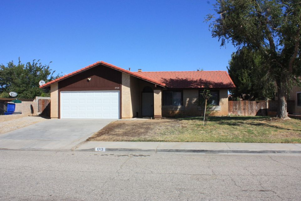 1713  Marcus Avenue, Palmdale in Los Angeles County, CA 93550 Home for Sale
