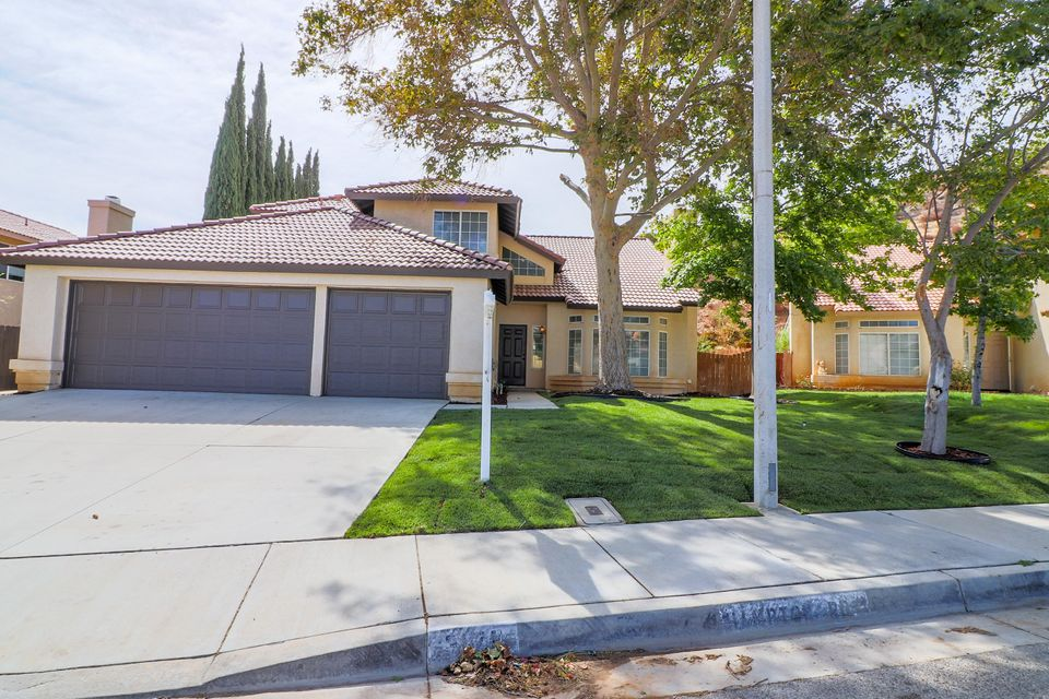3170  Hampton Road, Palmdale in Los Angeles County, CA 93551 Home for Sale