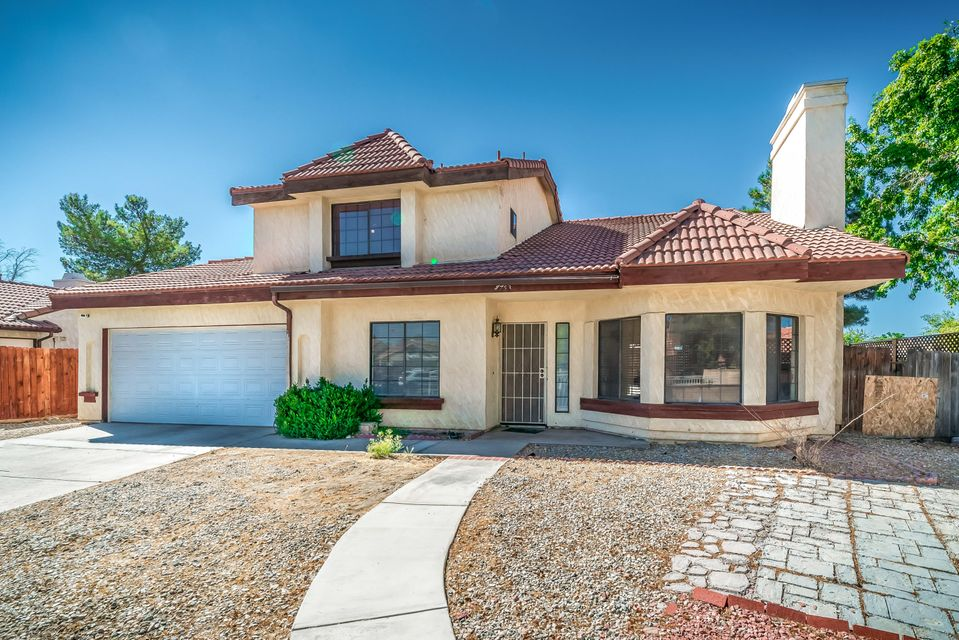 37753  Smoke Tree Street, Palmdale in Los Angeles County, CA 93552 Home for Sale
