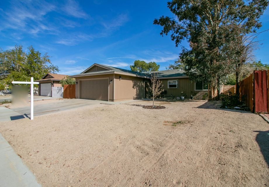 37332 E 52nd Street, Palmdale in Los Angeles County, CA 93552 Home for Sale
