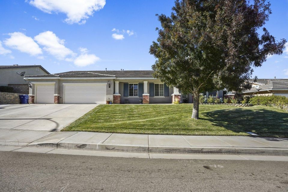 40617 W 55th Street, Palmdale in Los Angeles County, CA 93551 Home for Sale