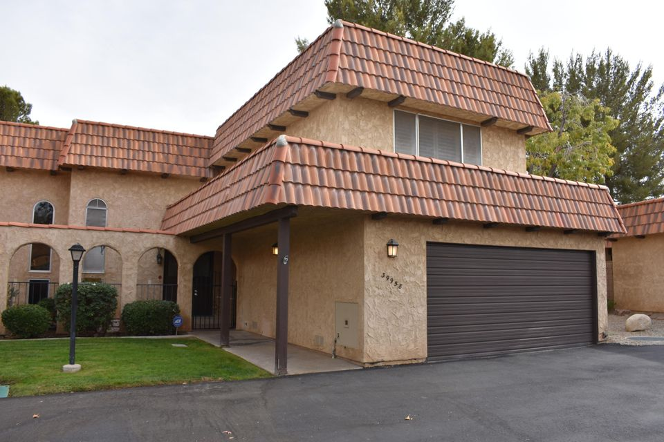 39958  Dyott Way, Palmdale in Los Angeles County, CA 93551 Home for Sale