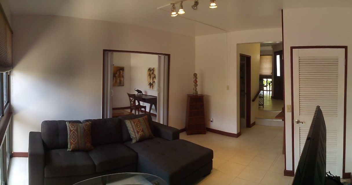 Additional photo for property listing at Farenholt Gardens Condo  Baza St , #3A Farenholt Gardens Condo  Baza St , #3A Tamuning, Grupo Guam 96913