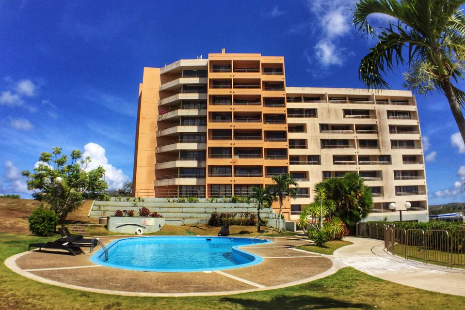 公寓 / 联排别墅 为 销售 在 Holiday Tower Condo 788 Route 4 , #702 Sinajana, 关岛 96910