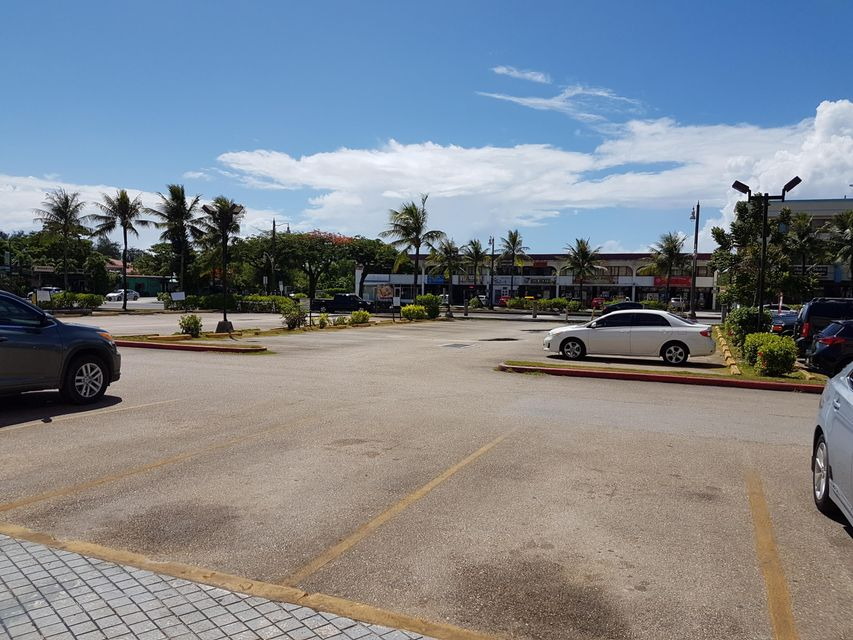 Additional photo for property listing at Pacific Bay Hotel 1000 Pale San Vitores Road, #800 Pacific Bay Hotel 1000 Pale San Vitores Road, #800 Tumon, グアム 96913