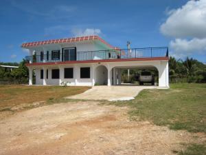Casa Unifamiliar por un Alquiler en 232 Pangelinan Way Barrigada, Grupo Guam 96913