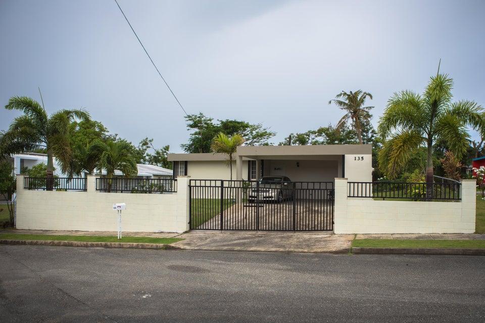 Casa Unifamiliar por un Alquiler en 135 Dama De Noche Lane Latte Hts Mangilao, Grupo Guam 96913