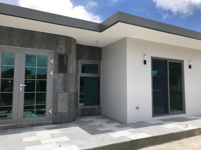 独户住宅 为 出租 在 145 Pugua Lane Sinajana, 关岛 96910