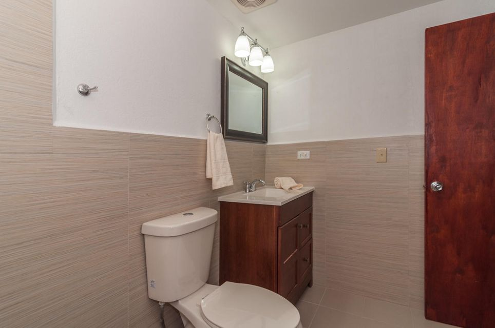 Additional photo for property listing at Lotus Cove Apartments  Marine Dr.  Route 1 , #5 Lotus Cove Apartments  Marine Dr.  Route 1 , #5 Hagatna, 괌 96910