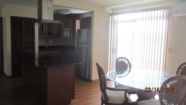 Additional photo for property listing at Not Applicable 318 Father Duenas Drive, #b Not Applicable 318 Father Duenas Drive, #b Tamuning, 關島 96913