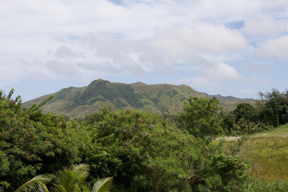 Additional photo for property listing at Chalan J. Kindo Chalan J. Kindo Santa Rita, グアム 96915