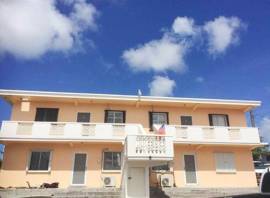Casa Multifamiliar por un Venta en 1110 Kanada Toto Loop 1110 Kanada Toto Loop Mongmong, Grupo Guam 96910
