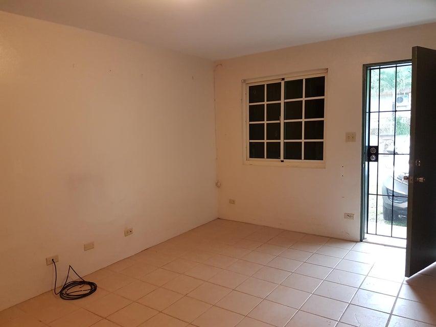Additional photo for property listing at Anigua Apartments  Santa Cruz Drive Anigua Apartments  Santa Cruz Drive Hagatna, 關島 96910