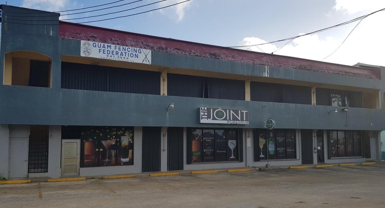 Comercial por un Alquiler en Gilcar Building Unit 1 Route 8, Chalan Machaute Gilcar Building Unit 1 Route 8, Chalan Machaute Mongmong, Grupo Guam 96910