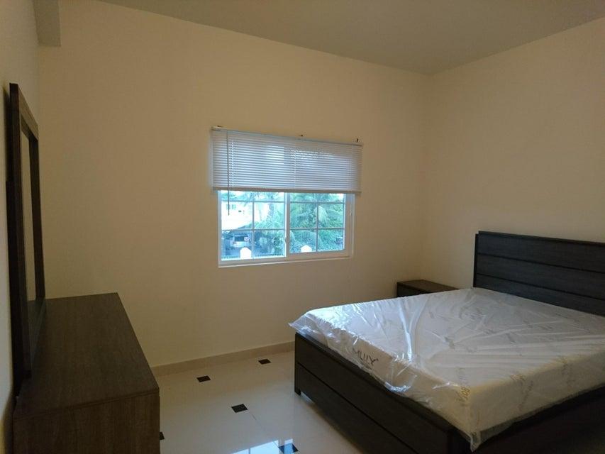 Condominio/ Casa de pueblo por un Alquiler en Harvest Gardens Condominium 139 Untalan Torre Street, #b203 Harvest Gardens Condominium 139 Untalan Torre Street, #b203 Mongmong, Grupo Guam 96910