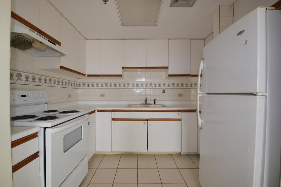 Condo / Townhouse for Rent at Guahan Court Condo Kina , #a 22 Guahan Court Condo Kina , #a 22 Mongmong, Guam 96910
