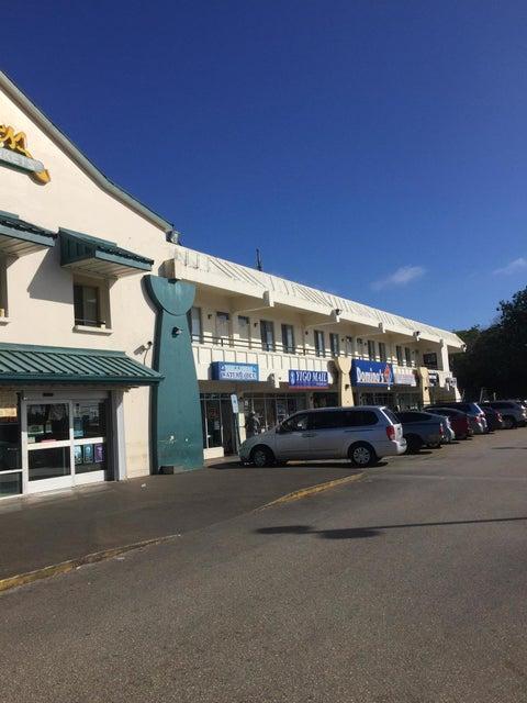 Comercial por un Alquiler en Yigo Market Place Marine Corps Drive, #104/105 Yigo Market Place Marine Corps Drive, #104/105 Yigo, Grupo Guam 96929