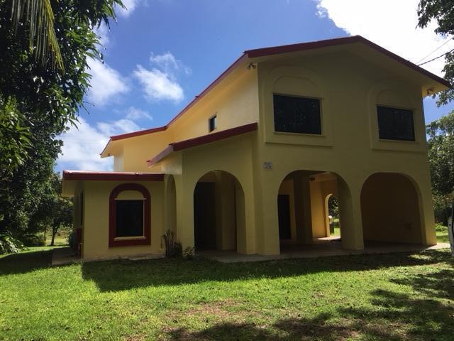 一戸建て のために 売買 アット 169 Kalamasa (Malojloj) Drive 169 Kalamasa (Malojloj) Drive Inarajan, グアム 96915
