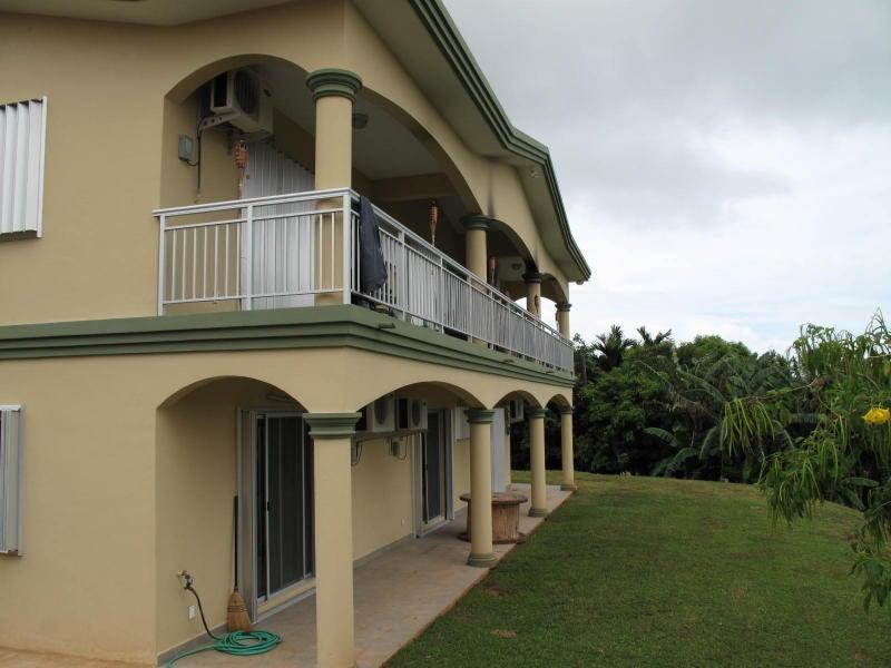 Casa Unifamiliar por un Alquiler en 157 Bishop As Apuron 157 Bishop As Apuron Santa Rita, Grupo Guam 96915