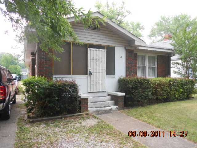 Photo of home for sale at 17 Woodvale, Chattanooga TN