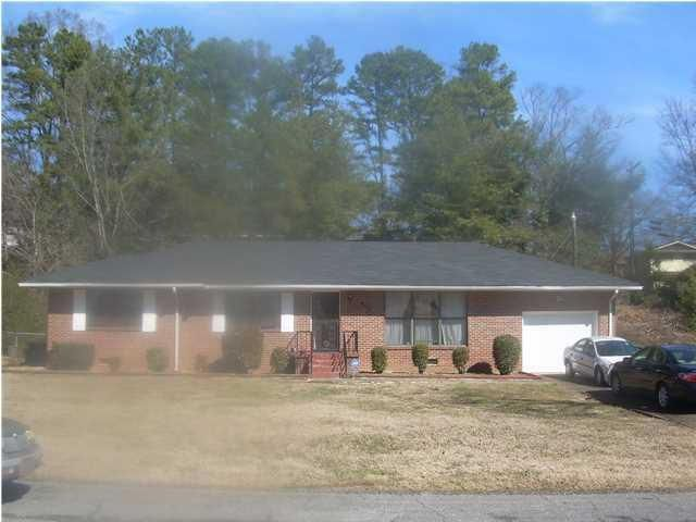 Photo of home for sale at 4113 Gayle, Chattanooga TN