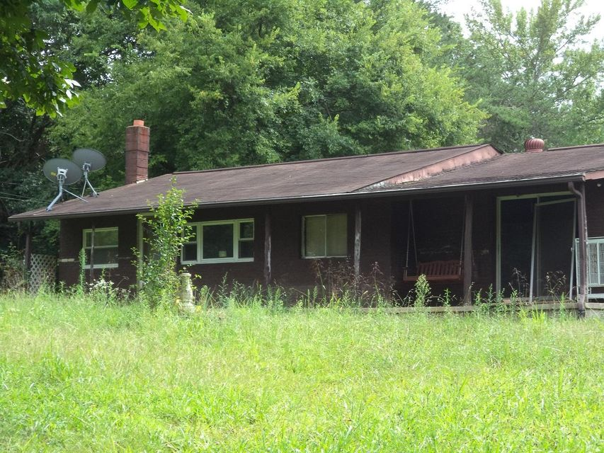 Photo of home for sale at 347 Roddy, Spring City TN