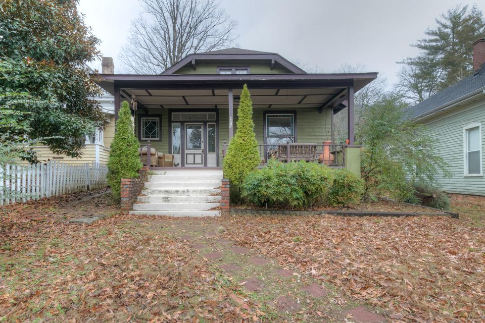 4015 St Elmo Ave, Chattanooga, TN 37409