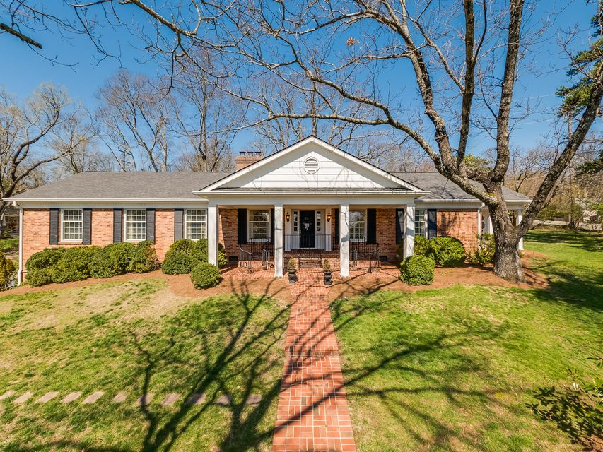 122 Fleetwood Dr, Lookout Mountain, TN 37350