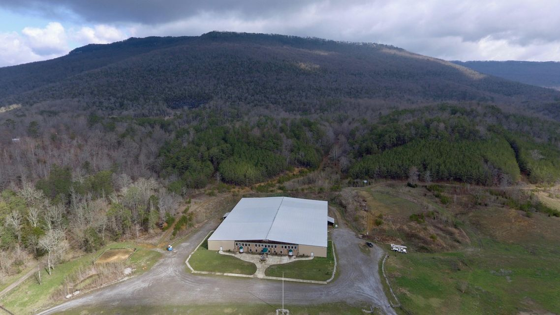 1379 Newsome Gap Rd, Rising Fawn, GA 30738