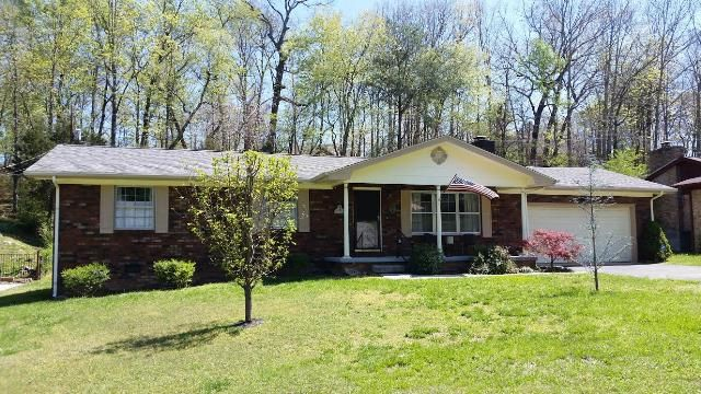 2314 Meadowbrook Tr, Chattanooga, TN 37421