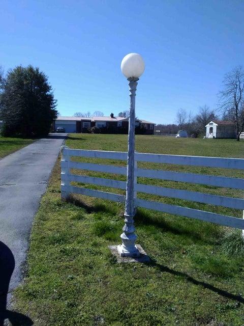 173 Goodson Cir, Rock Spring, GA 30739