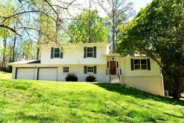 2416 Hickory Ridge Dr, Chattanooga, TN 37421