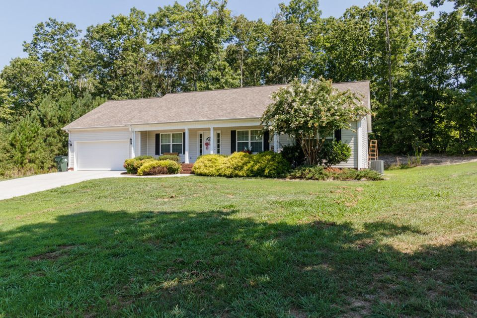 30 Peavine Way, Rock Spring, GA 30739