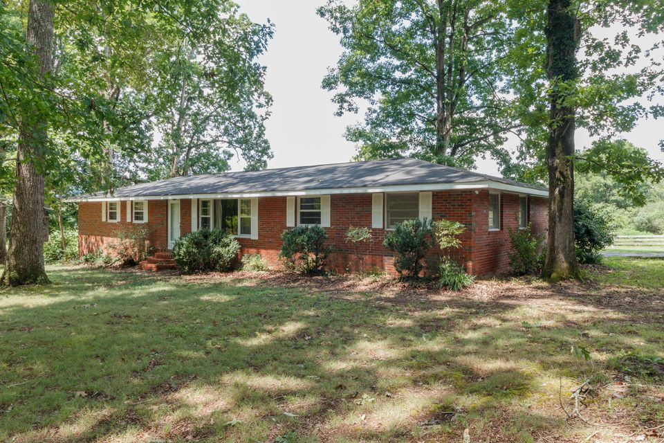 Photo of home for sale at 2342 Foster Mill, Lafayette GA