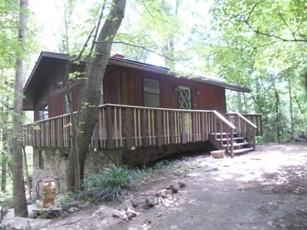 Photo of home for sale at 701 Scenic S, Chattanooga TN