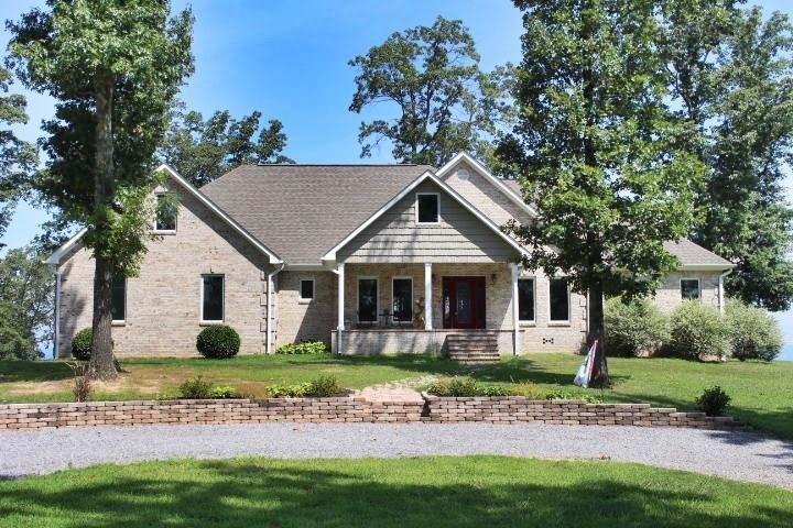 Photo of home for sale at 1909 County Road 414, Flat Rock AL