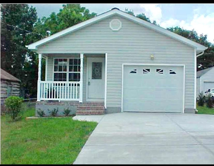 Photo of home for sale at 5312 Spriggs, Chattanooga TN