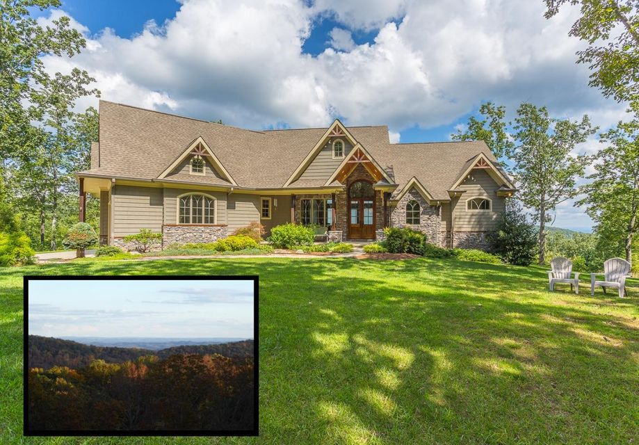 Photo of home for sale at 527 Lookout Crest, Lookout Mountain GA