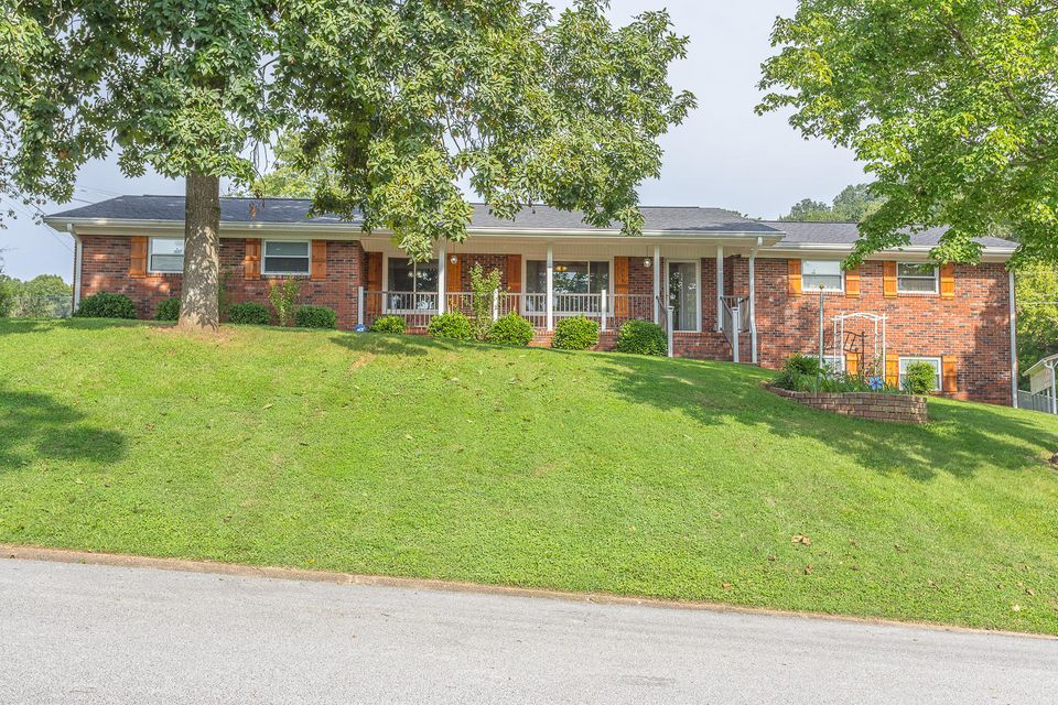 6505 S Lynncrest  Ter, Chattanooga in Hamilton County, TN 37416 Home for Sale