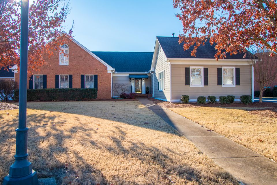 1410  Heritage Landing  Dr, Chattanooga, Tennessee