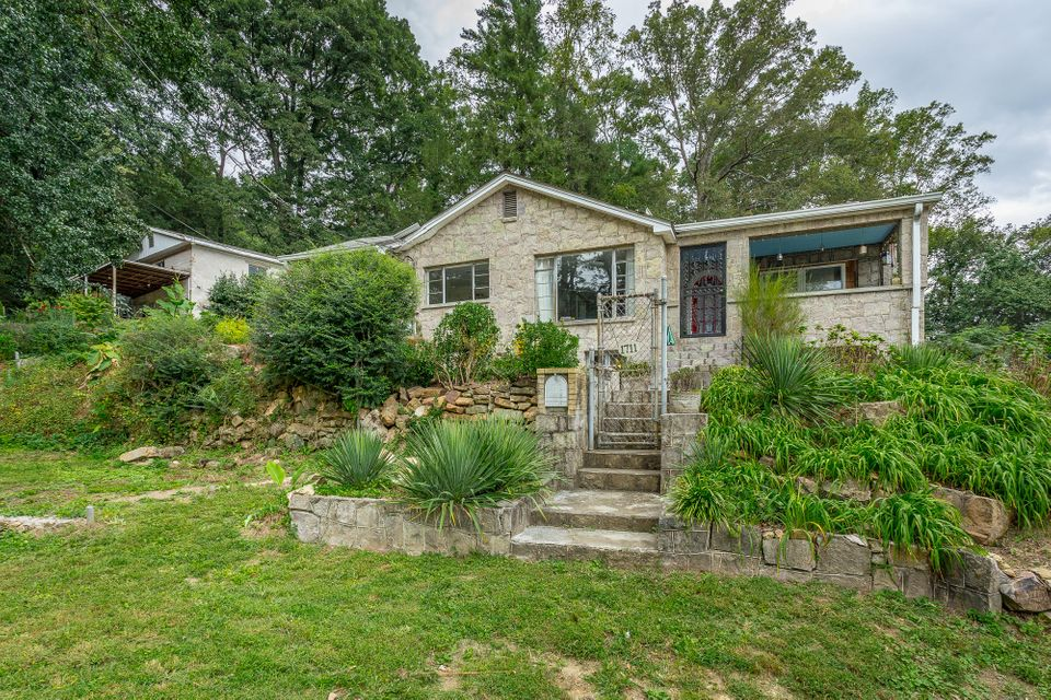 1711  West 54th & W 53rd  St, Chattanooga in Hamilton County, TN 37409 Home for Sale