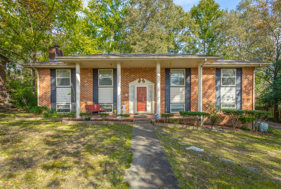3911 N Mission Oaks  Dr, Chattanooga in Hamilton County, TN 37412 Home for Sale