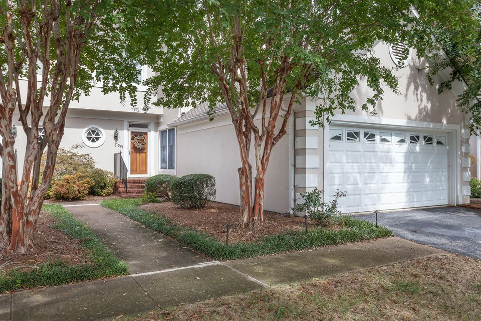 1091  Constitution  Dr, Chattanooga in Hamilton County, TN 37405 Home for Sale