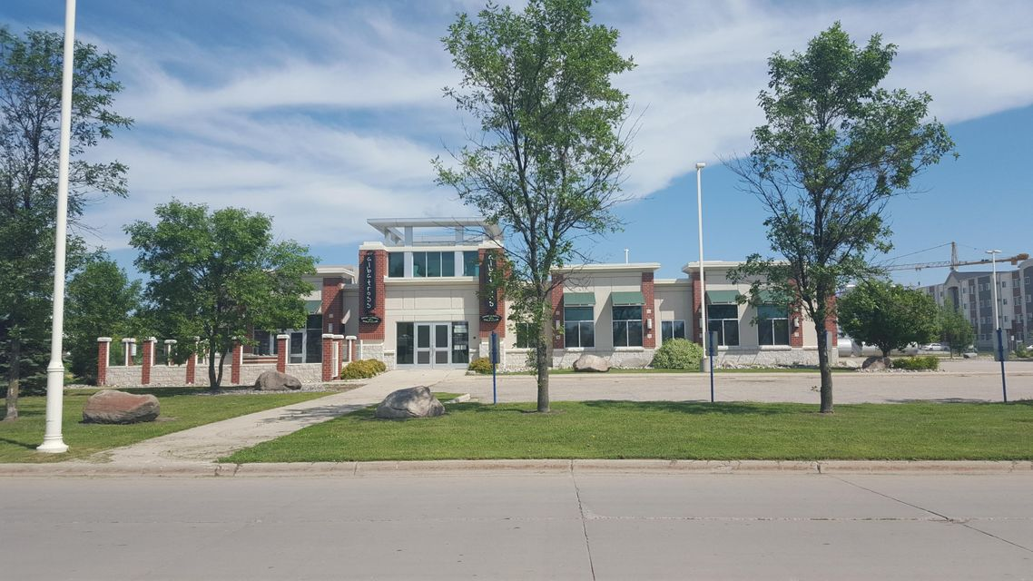 2950 10TH AVE,GRAND FORKS,North Dakota 58203,2 BathroomsBathrooms,Commercial,10TH AVE,16-1258