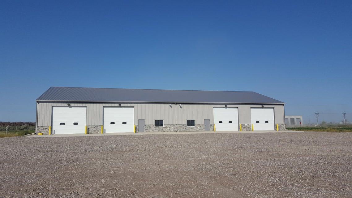 6801 27TH AVENUE,GRAND FORKS,North Dakota 58203,2 BathroomsBathrooms,Commercial,27TH AVENUE,16-1606