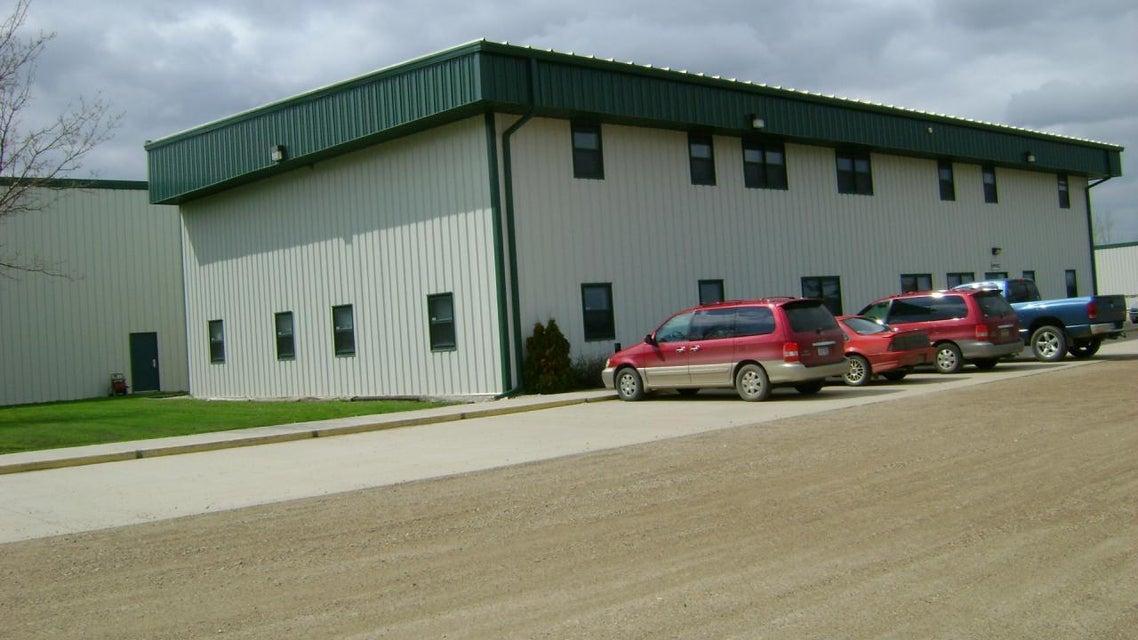 7251 42ND ST S,GRAND FORKS,North Dakota 58201,8 BathroomsBathrooms,Commercial,42ND ST S,16-1792