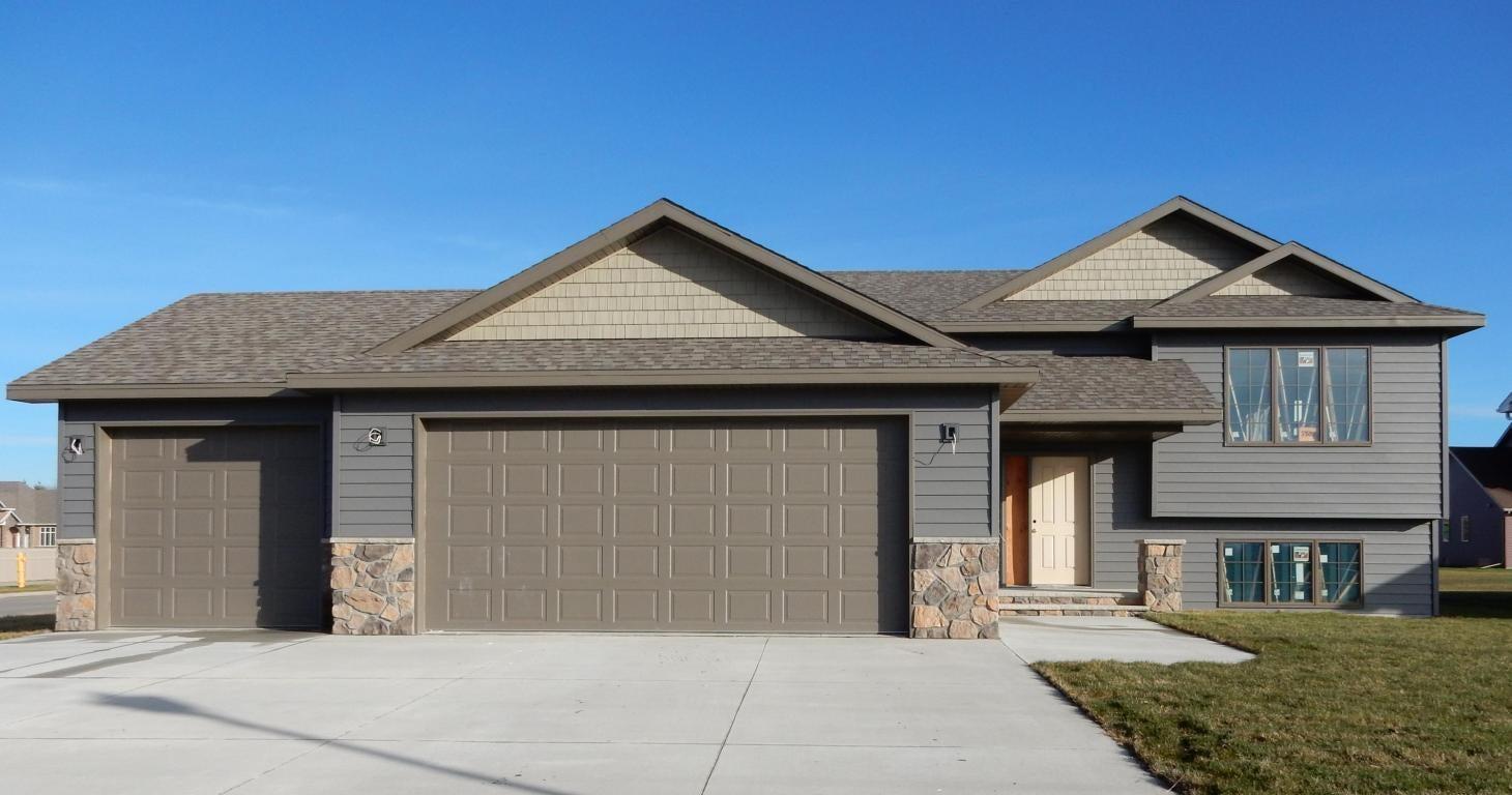 Residential for sale in grand forks north dakota 17 58 for Home builders grand forks nd