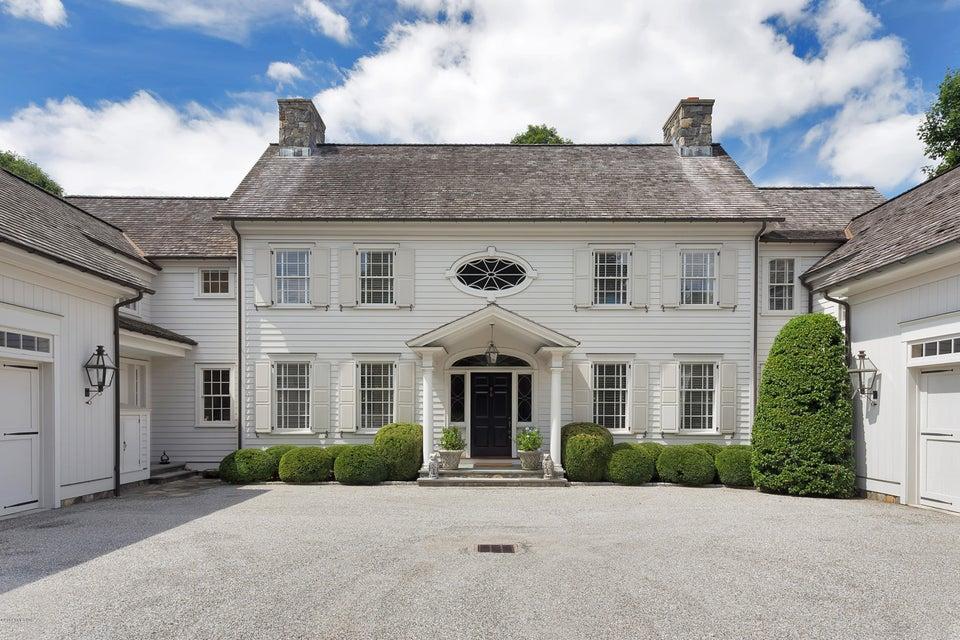 14 Sherwood Farm Lane - Greenwich, Connecticut