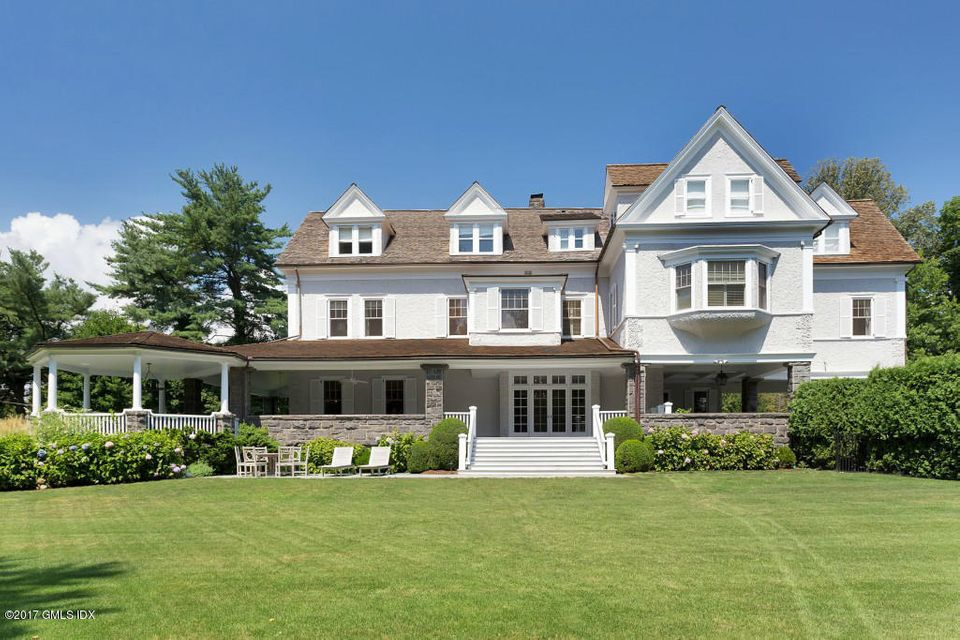 79 Meadow Wood Drive - Greenwich, Connecticut