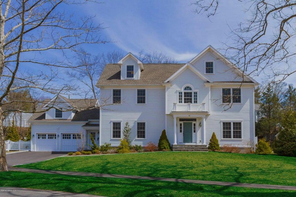 32 Loughlin Avenue,Cos Cob,Connecticut 06807,5 Bedrooms Bedrooms,4 BathroomsBathrooms,Single family,Loughlin,102690